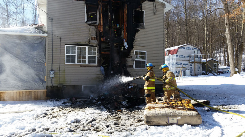 Mike Chornack Mike Rayburn soak contents - House Fire on Snake Road, Assist to Cochranton