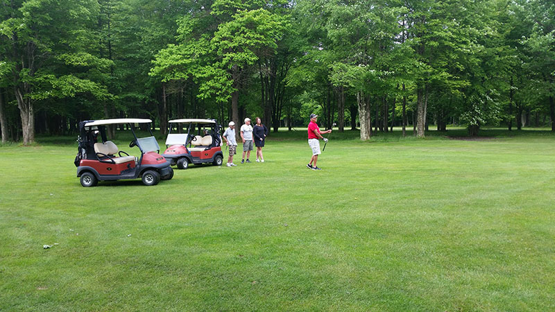 Golf outing fundraiser at Whispering Pines