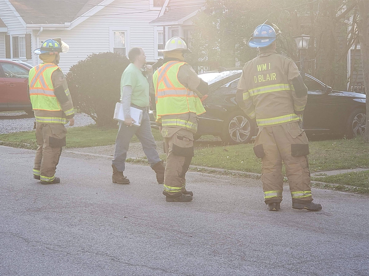 Chris Rayburn firefighters gas leak - Reported Fire, Tree Down, and Gas Leak
